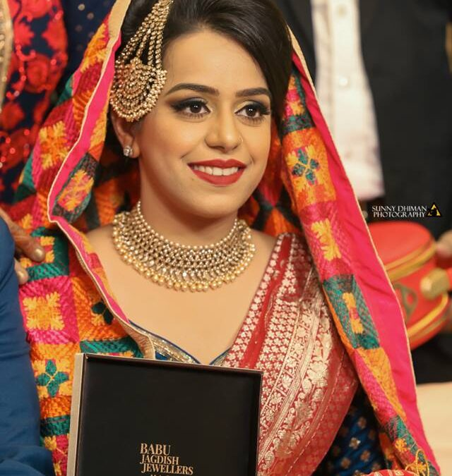 Why Go For The Top Wedding Photographer In Chandigarh And Not a Friend